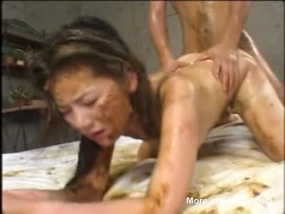 naked-tai-slave-girls